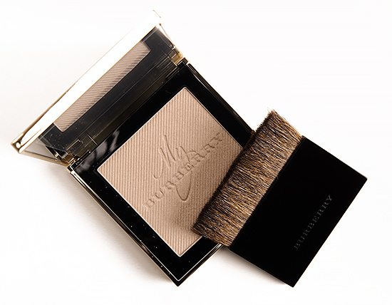 Burberry Gold Glow No. 01 Luminizing Powder