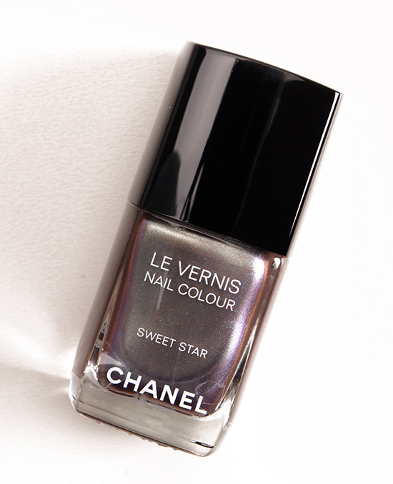 Chanel Sweet Star Le Vernis Nail Colour