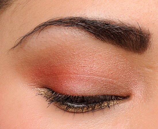 MAC Red Alert Eyeshadow