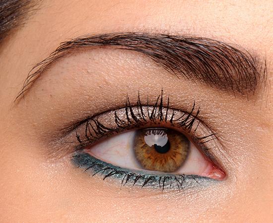 Look: Sparkling Smoky Eyes & Dazzling Lips