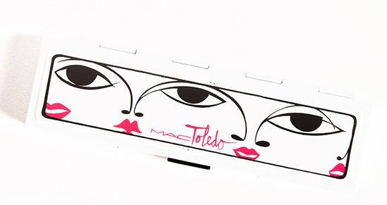 MAC Moodyblu Eyeshadow Palette