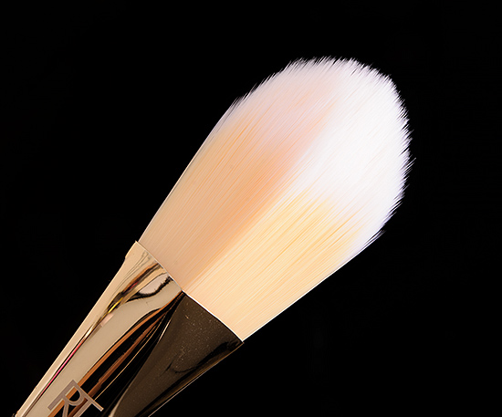 Real Techniques #101 Triangle Foundation Brush