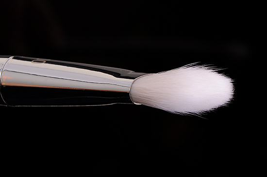 Real Techniques #200 Oval Shadow Brush
