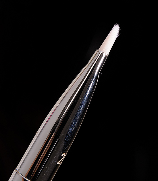 Real Techniques #202 Angled Liner Brush