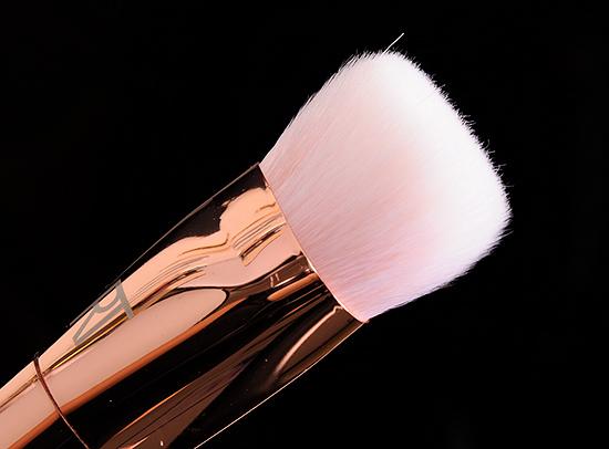 Real Techniques #301 Flat Contour Brush