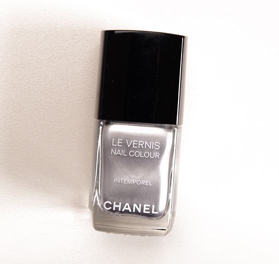 Chanel Intemporel Le Vernis Nail Colour