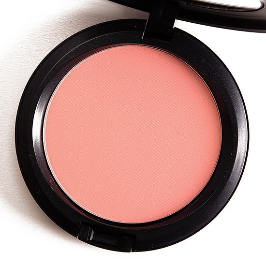 MAC Alpha Girl Beauty Powder