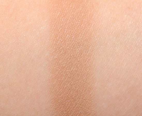 Becca Ombre Nudes #2 Eye Colour