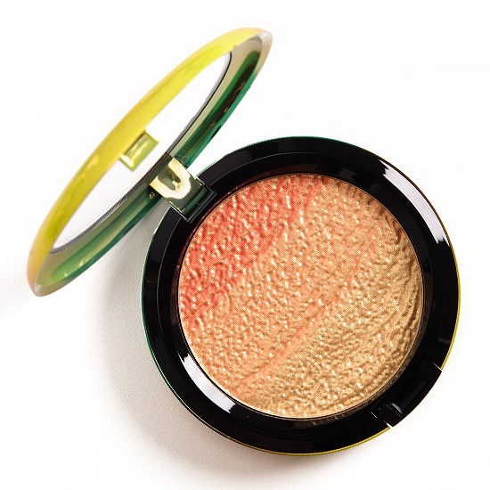 MAC Freshen Up High-Light Powder