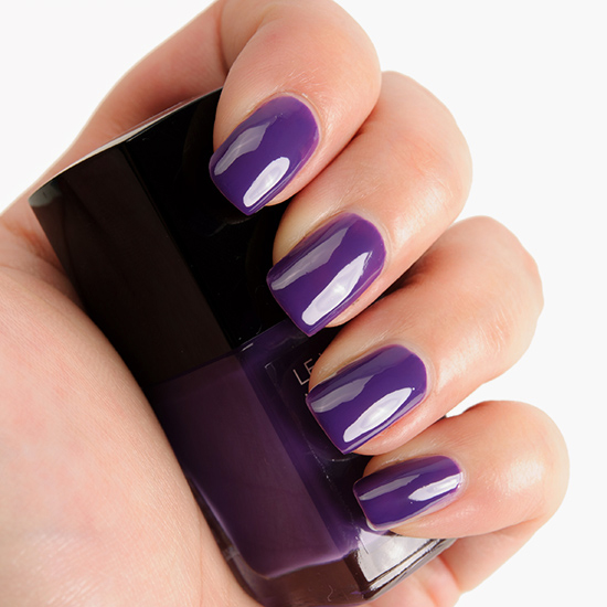 Chanel Lavanda (727) Le Vernis Nail Colour