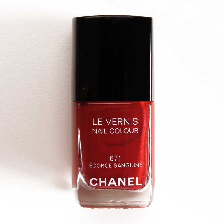 Chanel Ecorce Sanguine (671) Le Vernis Nail Colour Review & Swatches