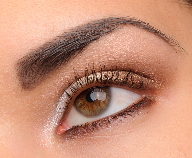 MAC Gravitational Electric Cool Eyeshadow
