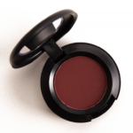 MAC Everyone\'s Darling Eyeshadow