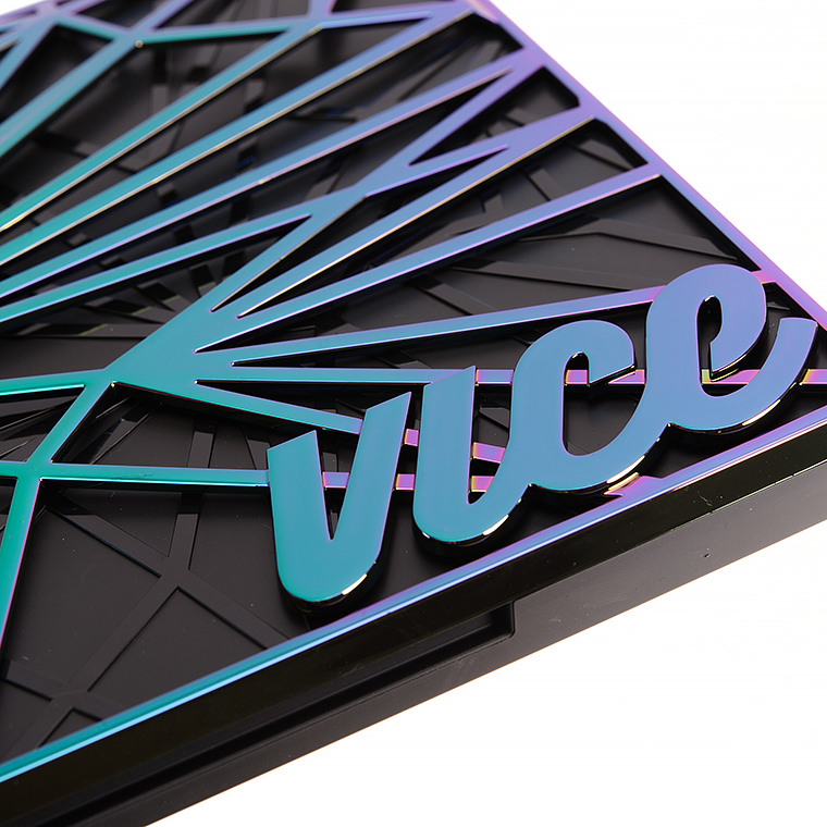 Urban Decay Vice 4 Eyeshadow Palette