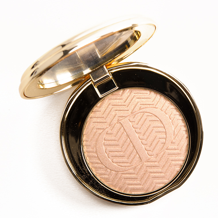 Dior Luxurious Beige Illuminating Pressed Powder