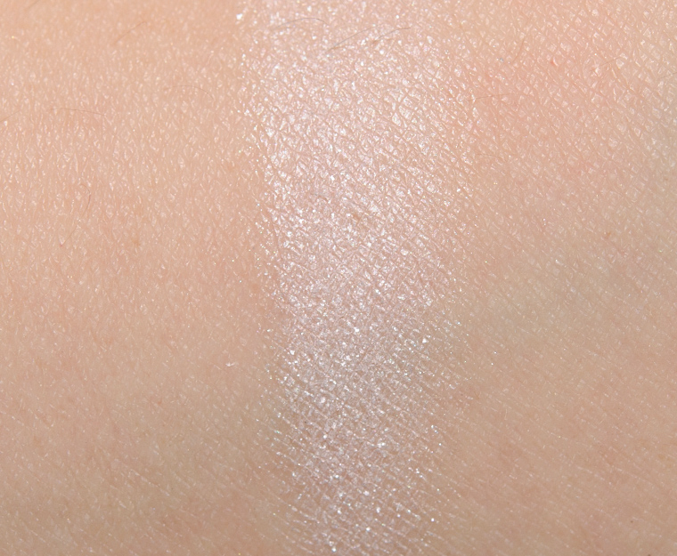 MAC Lightfully Eyeshadow