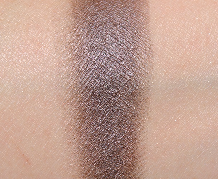 MAC Magic Moor Eyeshadow