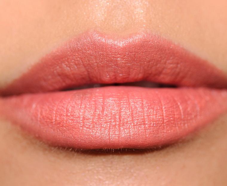 MAC Frolic Velvetease Lip Pencil