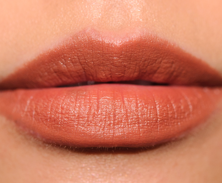MAC Oh Honey Velvetease Lip Pencil