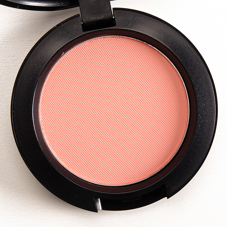 MAC Spellbinder Blush