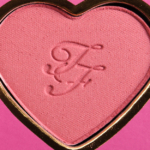 Too Faced Your Love is King Love Flush Long-Lasting 16-Hour Blush
