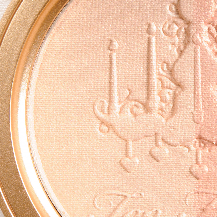 Too Faced Warm Glow (Left) Highlighting Powder