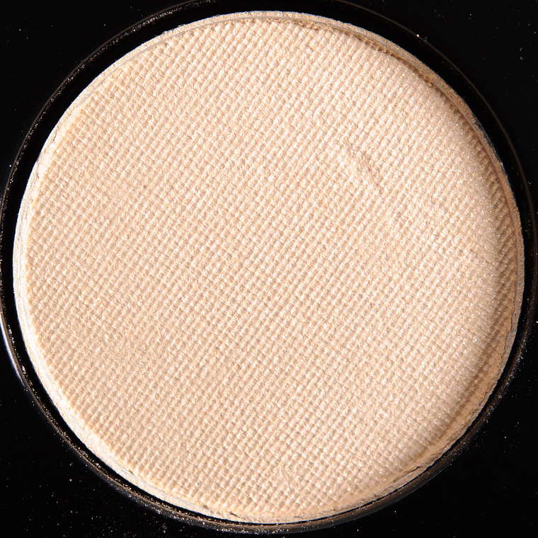 MAC Glamour Light Eyeshadow