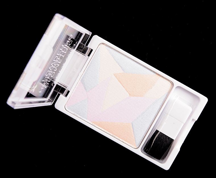 Wet 'n' Wild Where the Dreamers Go Geometric Highlighting Powder