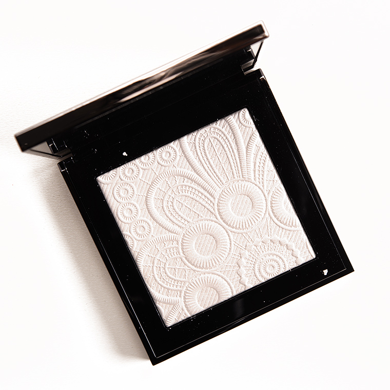 Burberry No. 01 White Fresh Glow Highlighter