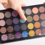 BH Cosmetics Foil Eyes 28 Color Eyeshadow Palette