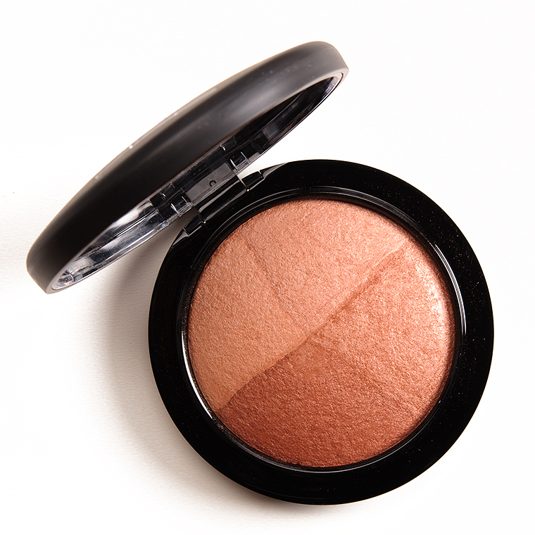 MAC Perfectly Lit Mineralize Skinfinish