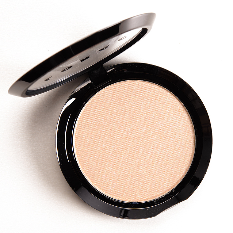 LORAC Starlight Light Source Illuminating Highlighter