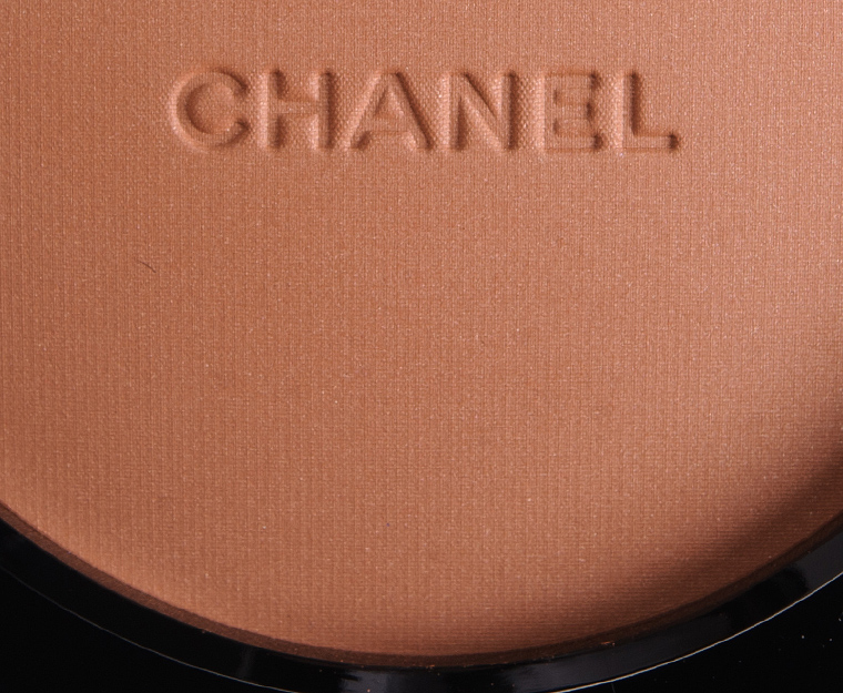 Chanel Duo N. 01 Les Beiges Healthy Glow Multi-Colour Review