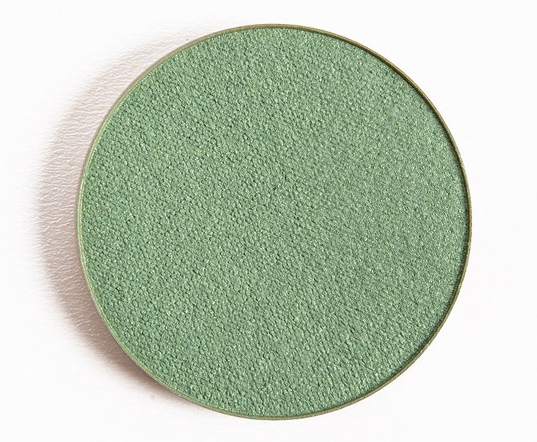 Make Up For Ever I332 Meadow Green Artist Shadow