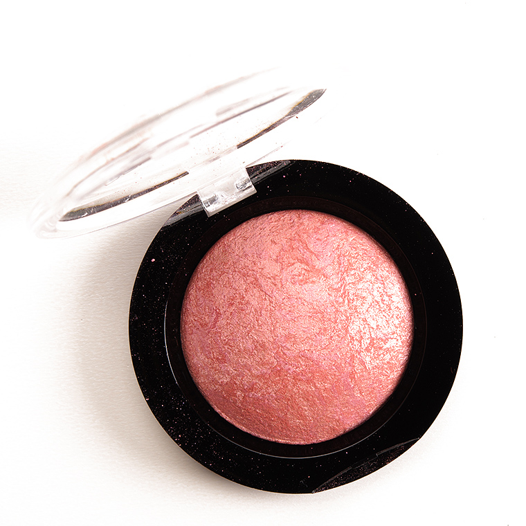 Makeup Revolution Make Love Instead Baked Blusher