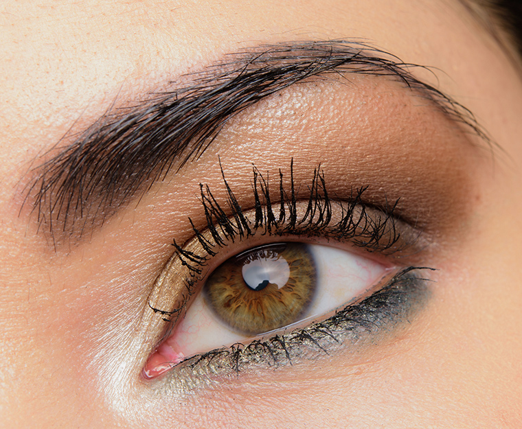 MAC She's a Model Eyeshadow x 9 Palette
