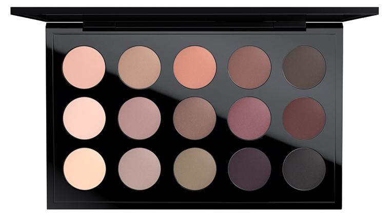 MAC C'est Chic Eyeshadow Palette