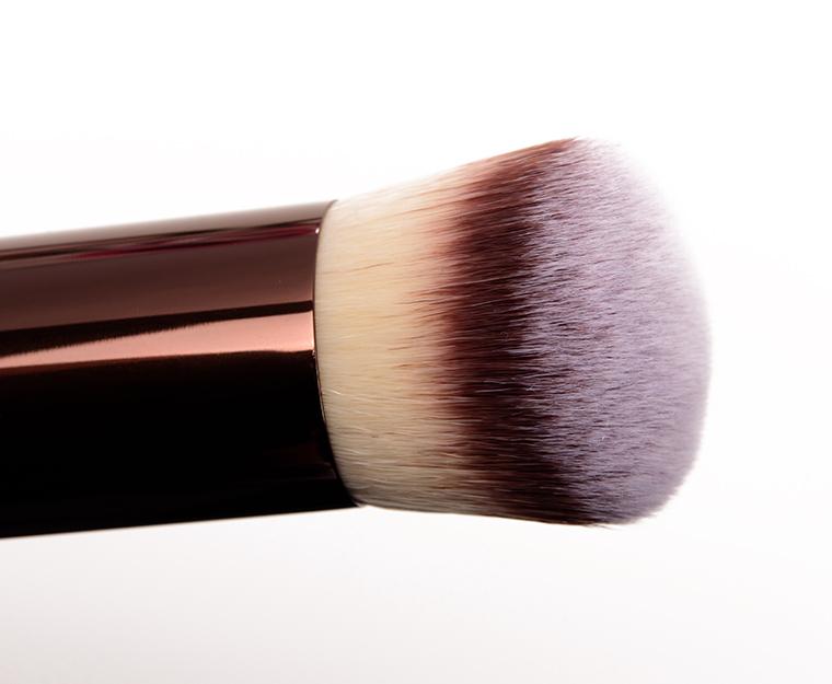 Vanish Foundation Brush