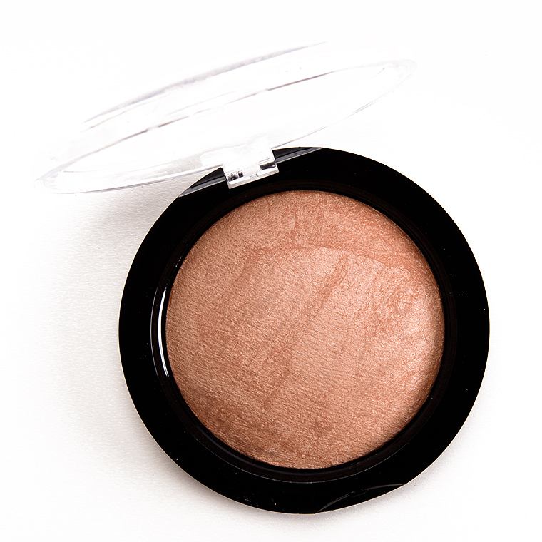 Makeup Revolution Golden Days Vivid Baked Bronzer Powder
