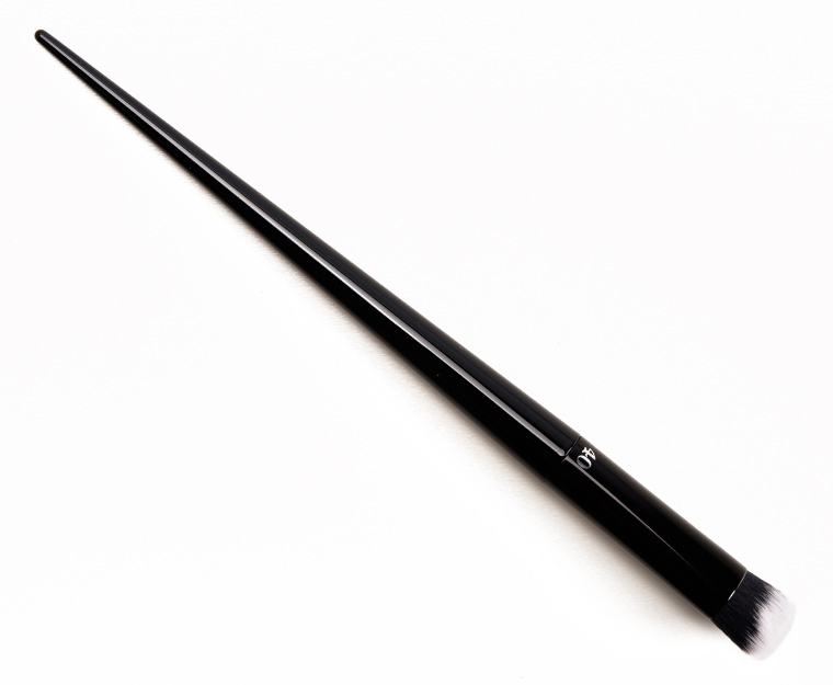 Kat Von D Lock-It Concealer Brush