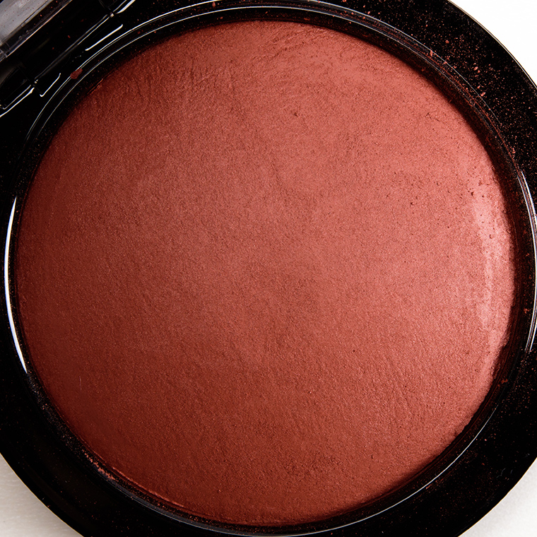 MAC Taraji Glow Mineralize Skinfinish Natural
