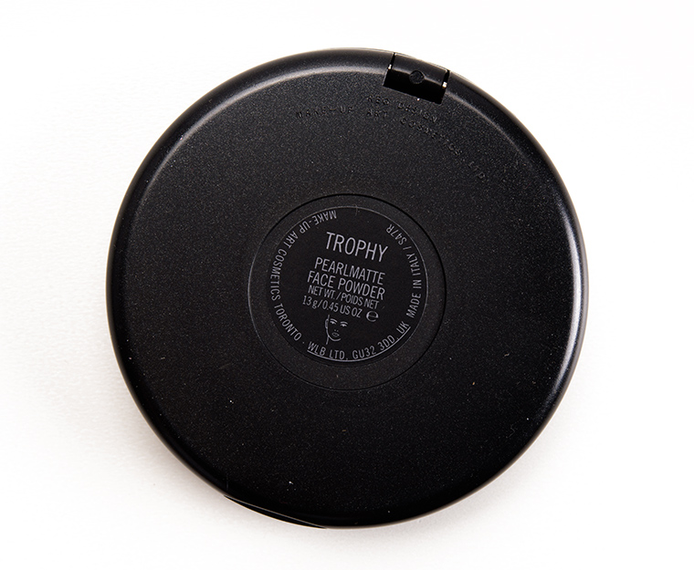 MAC Trophy Pearlmatte Face Powder