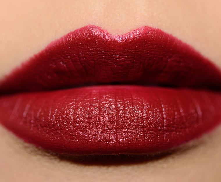 Mac red nutcracker sweet lipstick kit review photos swatches for Mac cosmetics diva lipstick