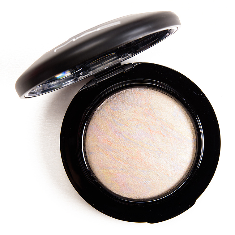 9 Lululemon Dupes That Will Shock You: MAC Lightscapade Mineralize Skinfinish Review & Swatches