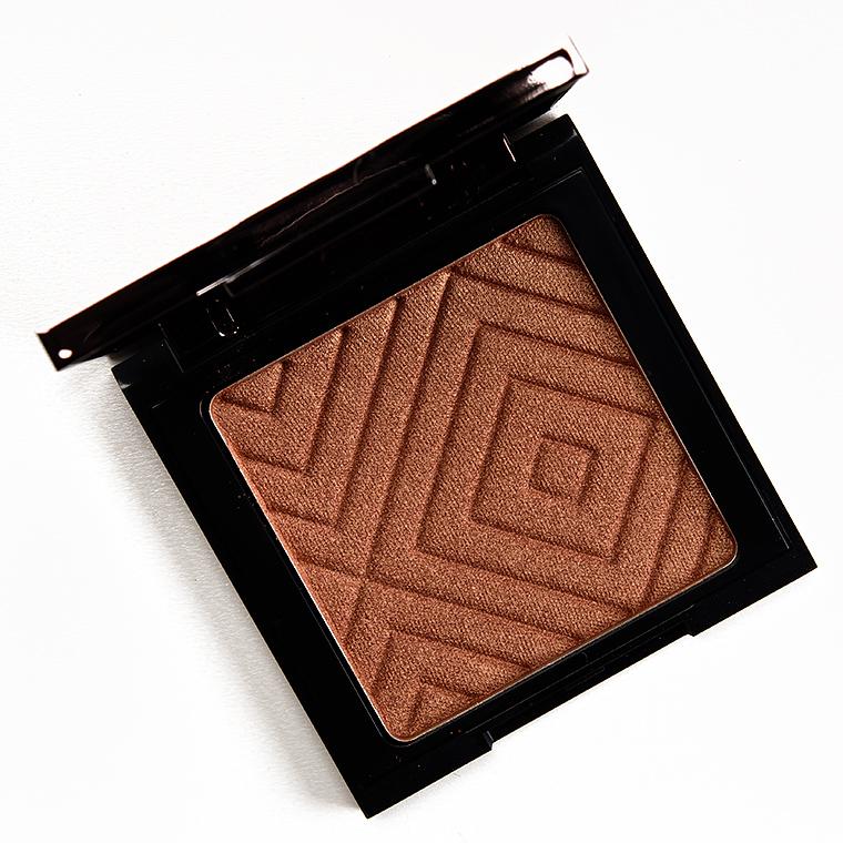 Makeup Geek Ignite Highlighter