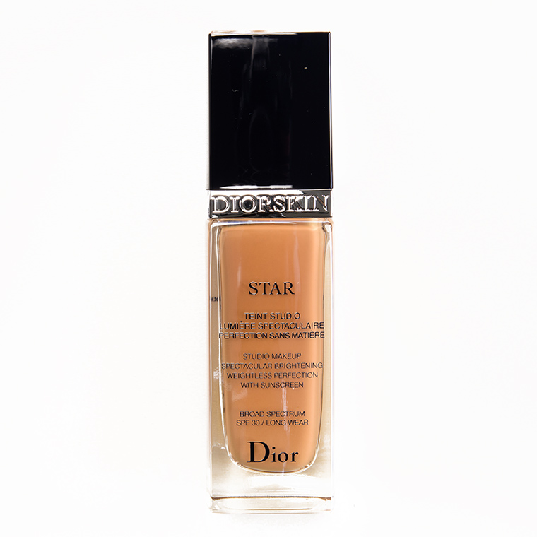 Dior 040 Honey Beige Star Fluid Foundation SPF 30