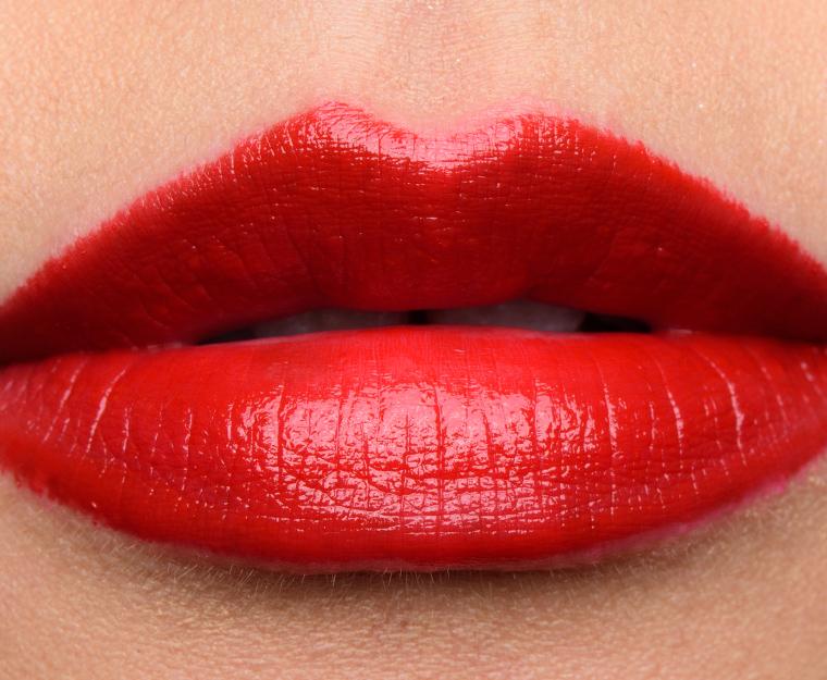 Chanel rouge corail framboise fuchsia carmin le rouge for Couleur framboise