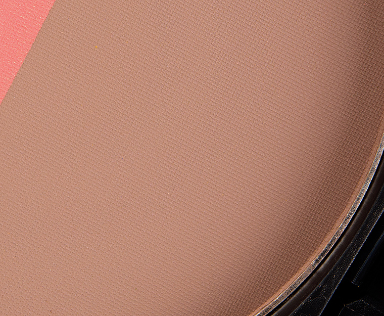 MAC Taupe Powder Blush