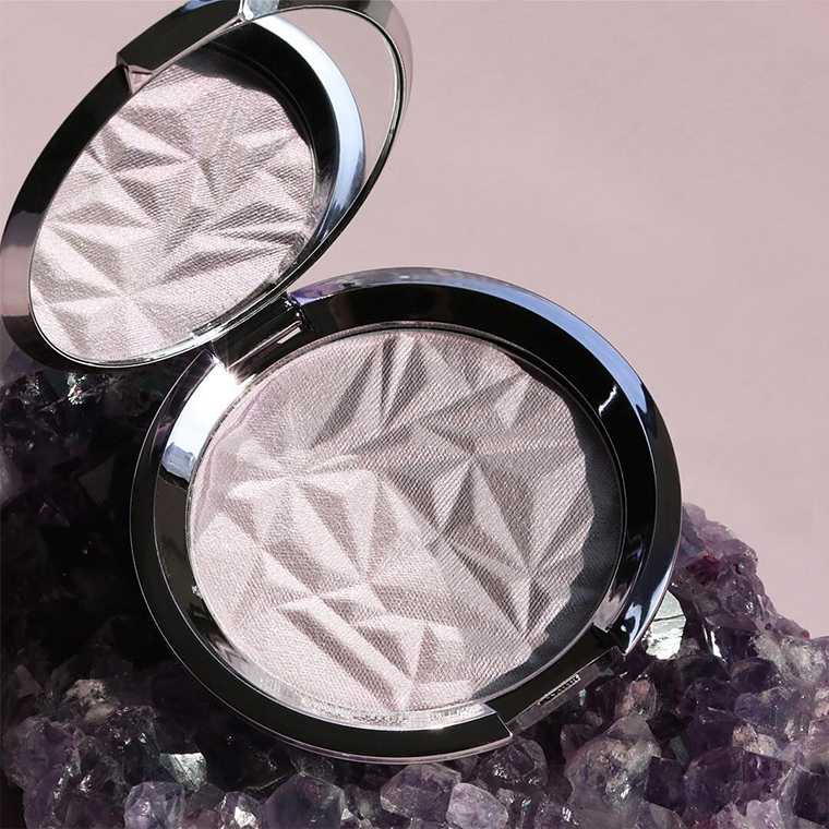 Becca Prismatic Amethyst Shimmering Skin Perfector Pressed for Spring 2017