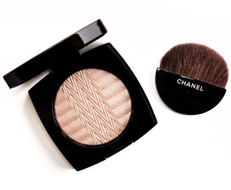 Chanel Plisse Lumiere de Chanel Illuminating Powder